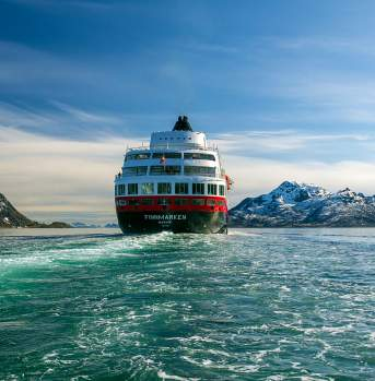 Hurtigruten in Lofoten