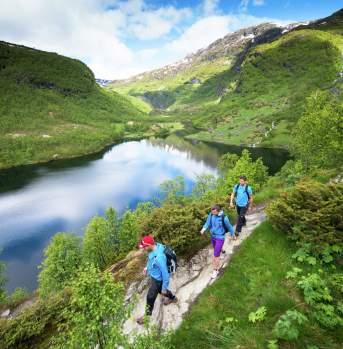 Hiking in Aurlandsdalen