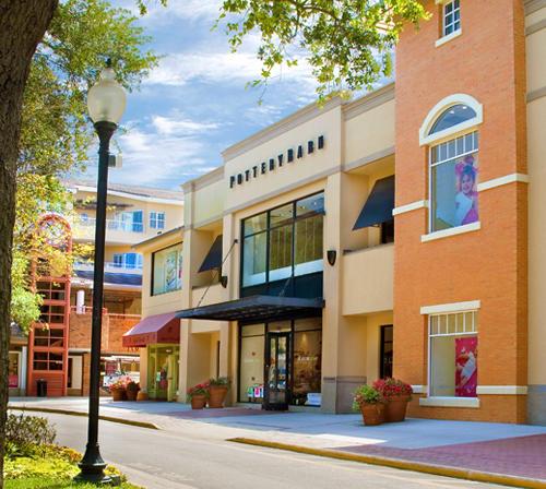 Tampa shopping visit tampa bay for 2 bay shop