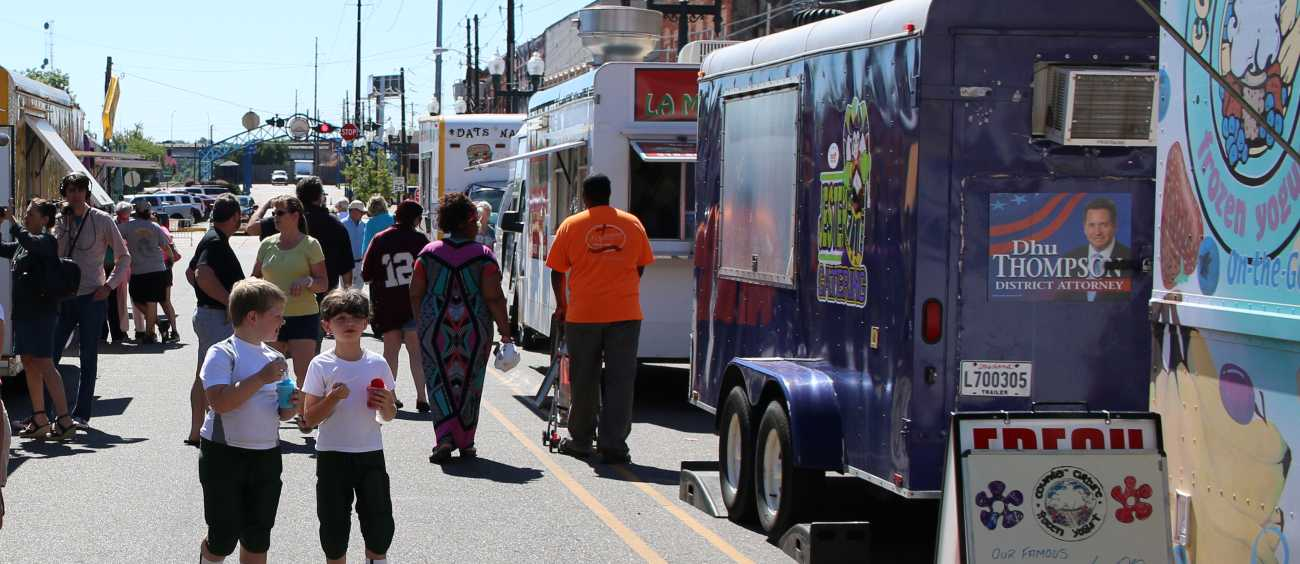 A photo of the Rotary Club Food Truck Throwdown in Shreveport