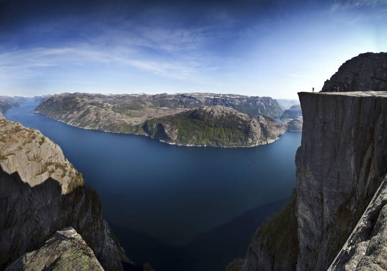 Norway mountains gallery - The house on the rock the ultimate refuge in a norwegian fjord ...