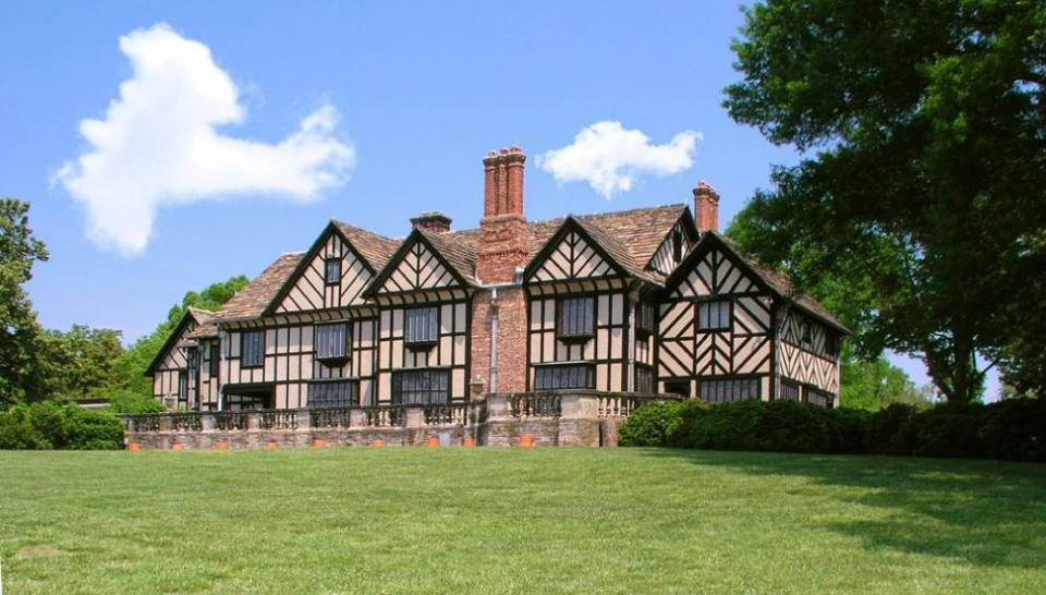agecroft hall rva