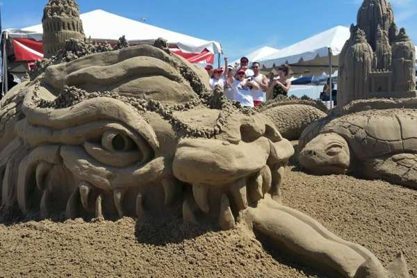 Acclaimed Architects Compete in Epic Sandcastle Competition