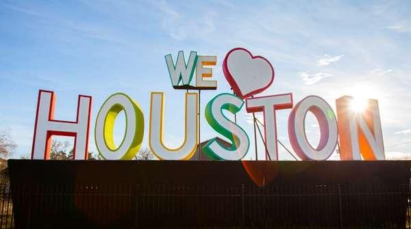 """Houston Romántico para los """"No Románticos"""""""