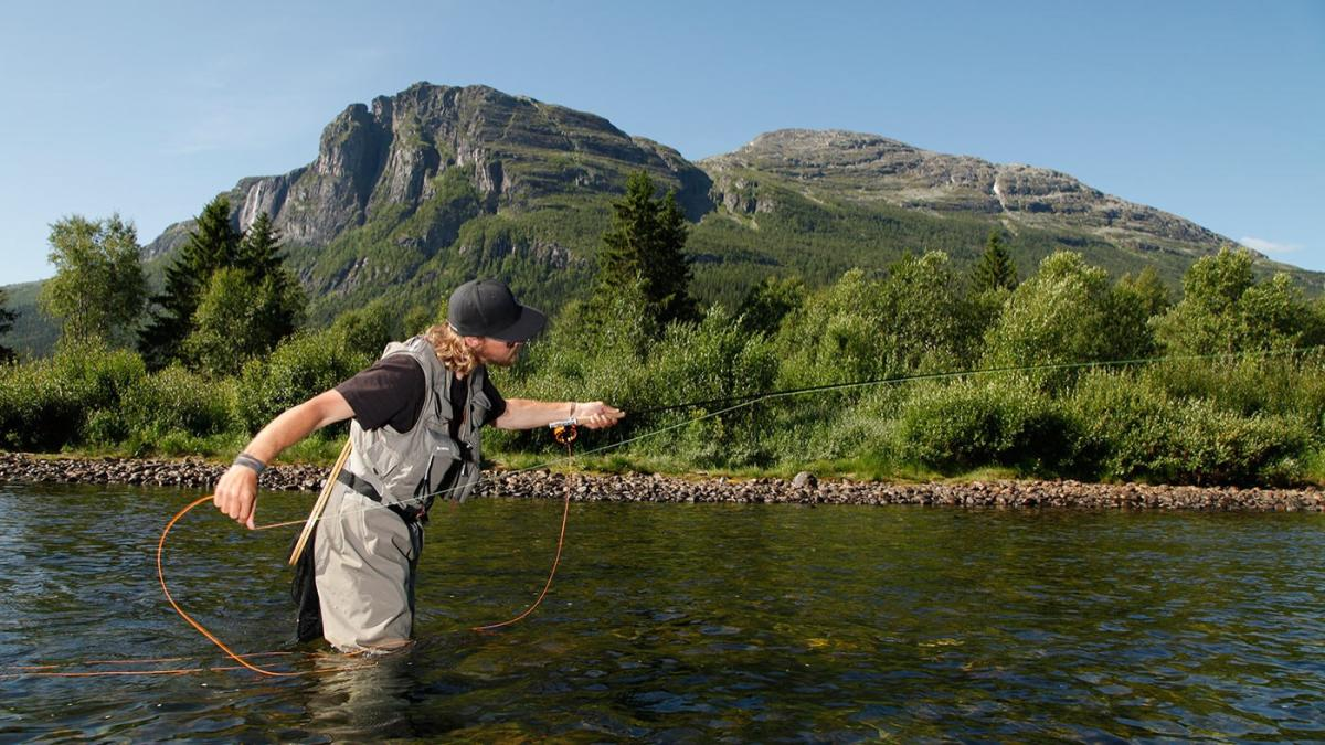 Fly fishing in hemsedal official travel guide to norway for Places to go fishing