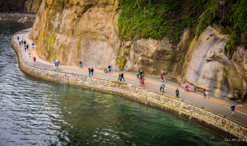 Hiking the Vancouver Seawall | Hiking | Activities & Attractions in Vancouver