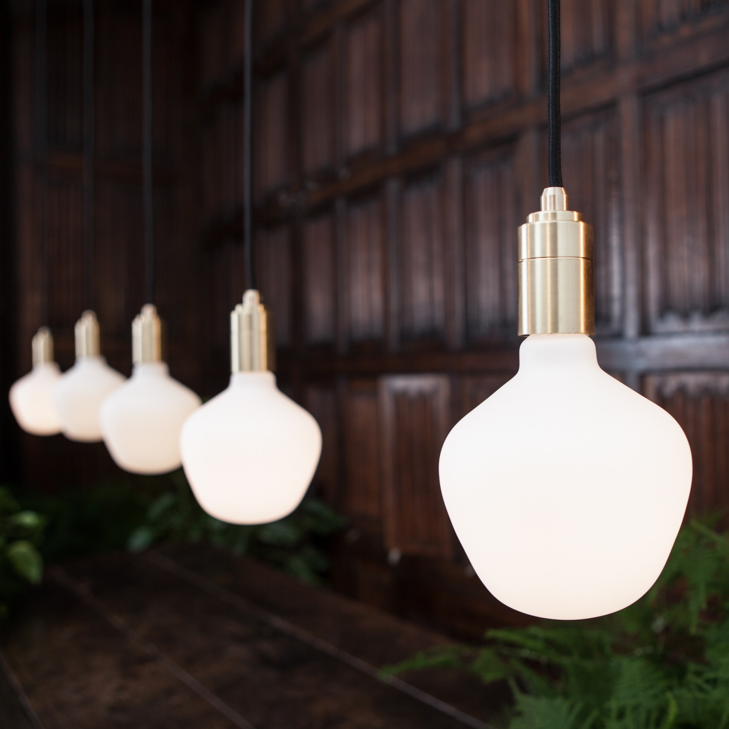 Tala Porcelain Enno LED Light Bulb