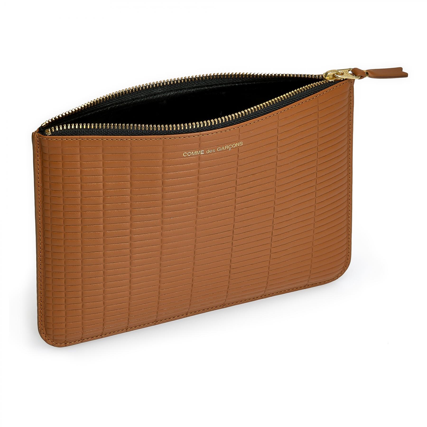 d9f767170f162 Comme Des Garcons Beige Leather Wallet with zip CDG Brick Wallet (SA5100BK)