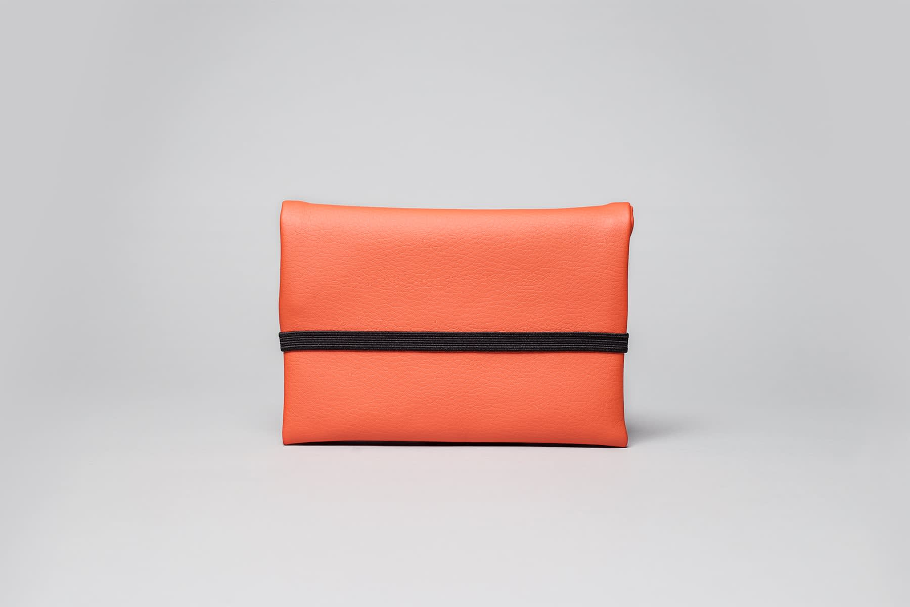 Wetheknot Coral Pouch