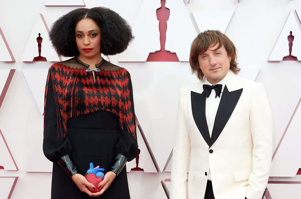 "Celeste and Daniel Pemberton perform ""Hear My Voice"" at the Oscars"