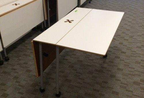 4ft Adjustable Table