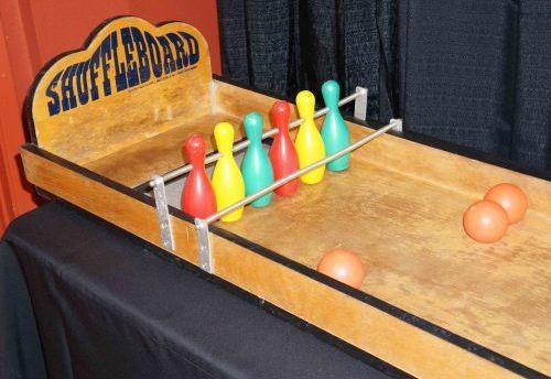 Shuffle Bowling Carnival Game