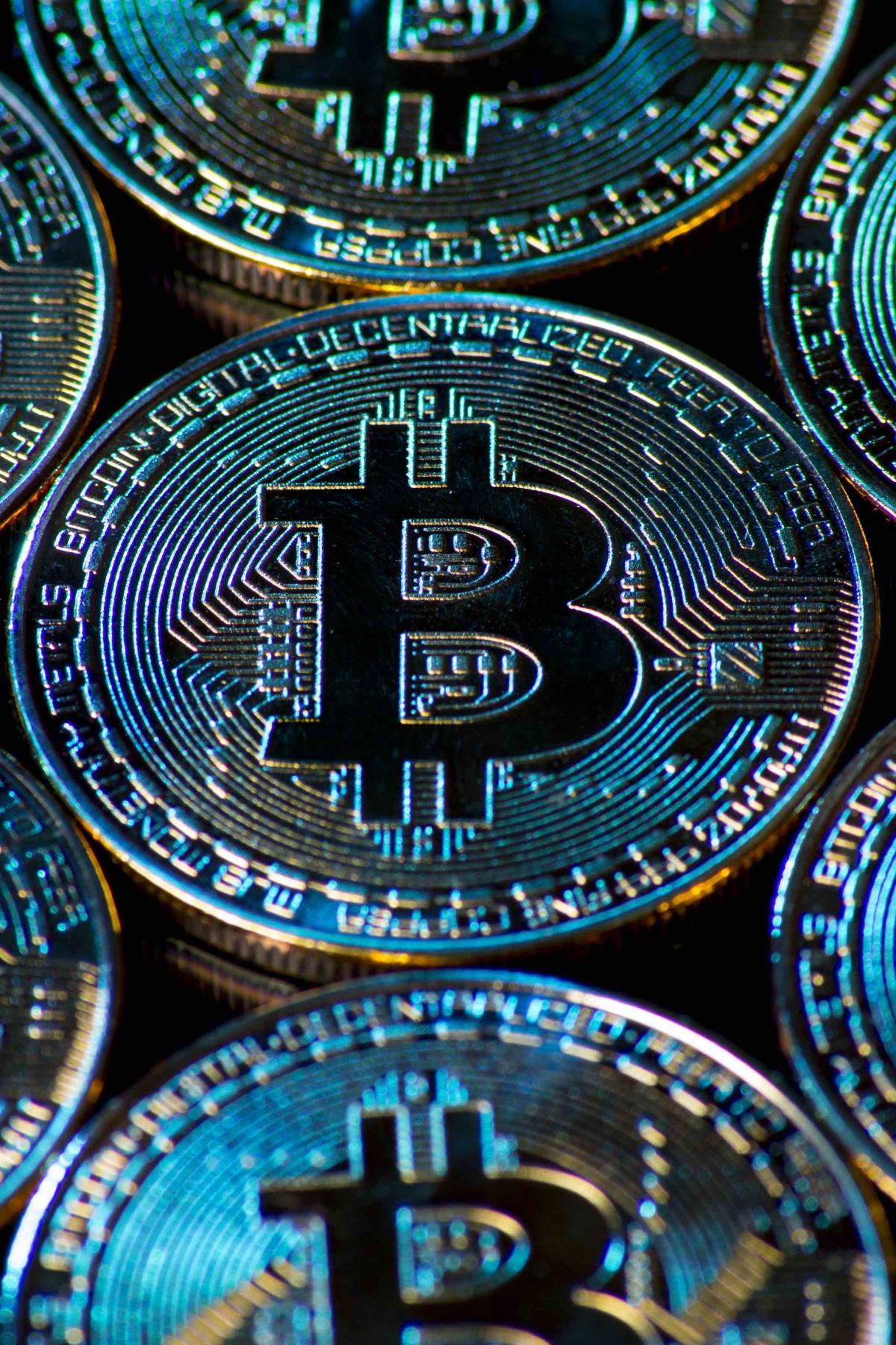 bitcoin aud)