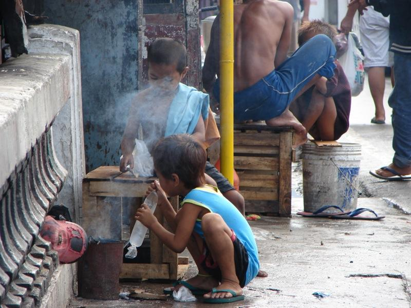 introduction of poverty in the philippines