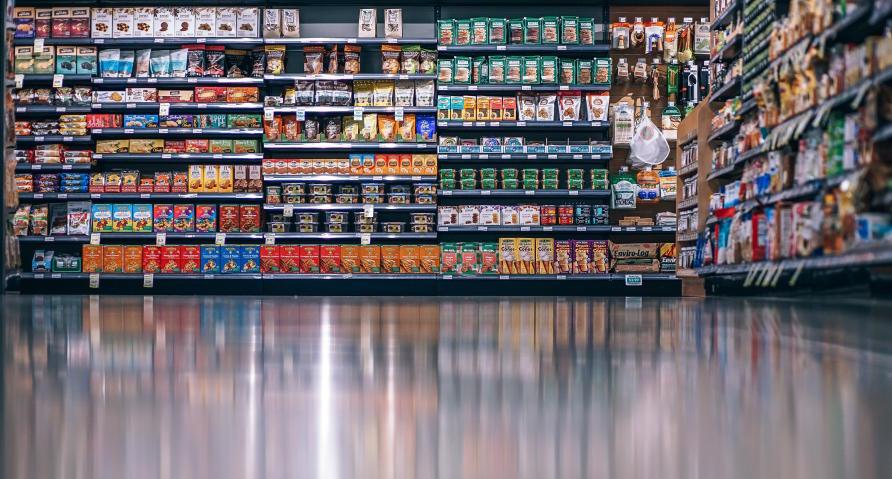 junk food shelves ile ilgili görsel sonucu