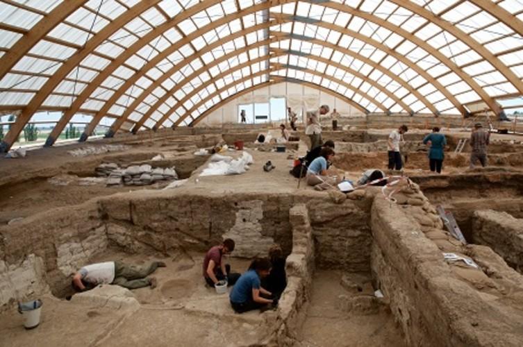 Understanding Çatalhöyük and the Origins of Settled Life