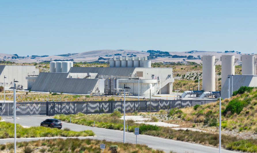 Why we need to use water desalination plants early