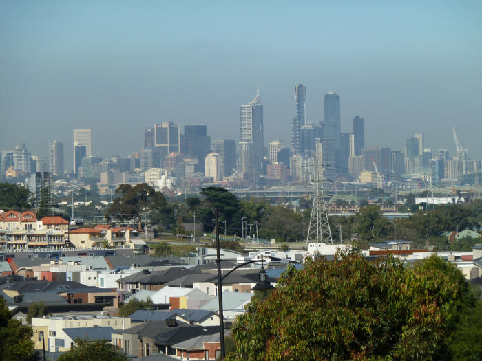Current air monitoring in Melbourne doesn't tell the whole picture. Picture: anne beaumont/Flickr