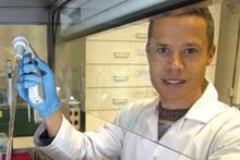 Dr Peter  van Wijngaarden