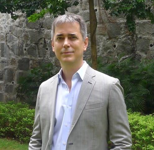 Dr Anthony Spires
