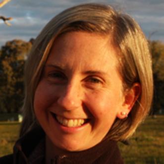 Dr Lisa Godinho