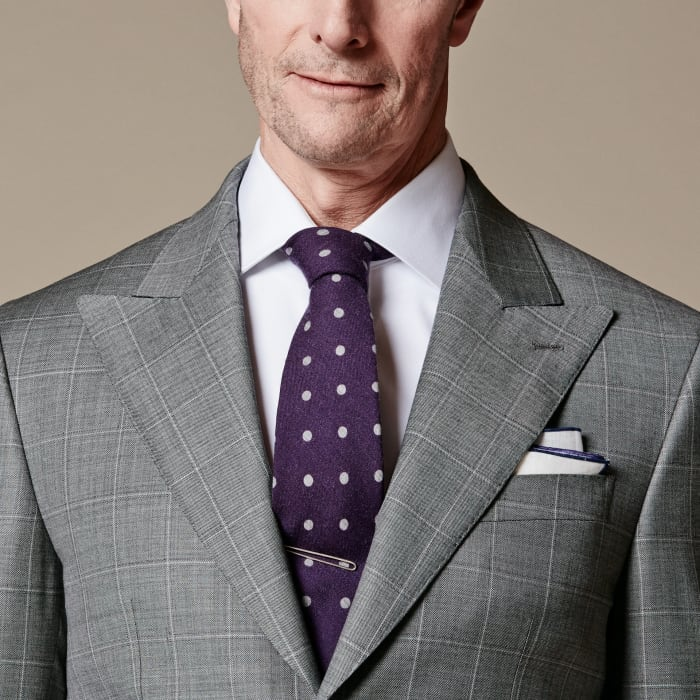How to Tie a Half Windsor Knot Square