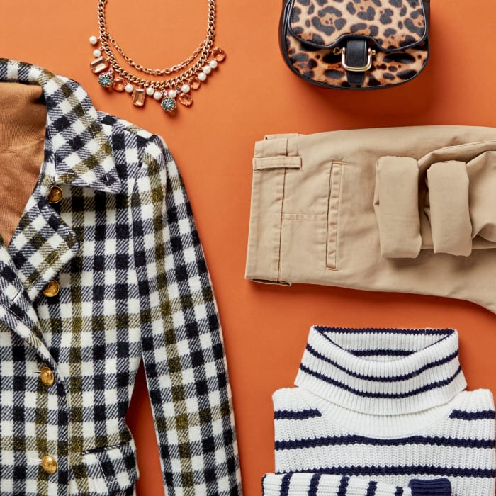 Women's Showcase Page-The J.Crew Trunk Square