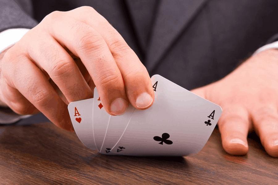nhung thu thuat de phan loai nguoi choi trong poker online - hinh 2