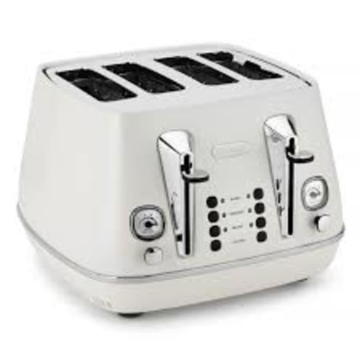 Delonghi Distinta Four Slice Pure White Toaster
