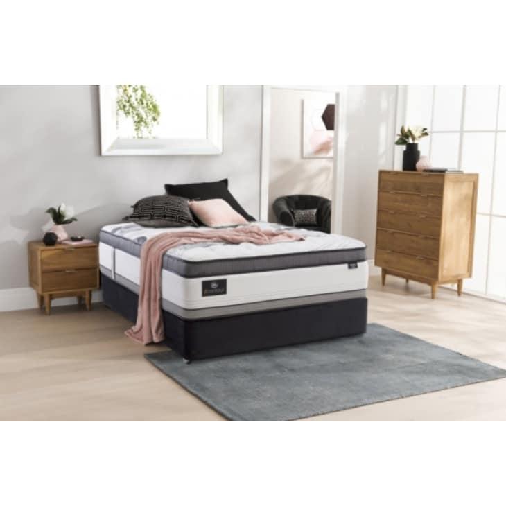 Serta iContour Olympia Bed California King Split Base Plush