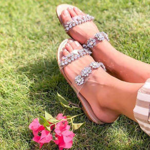 Extra 30% off all sandals