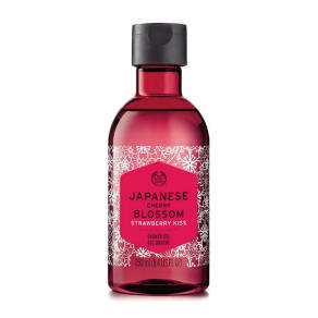 Japanese Cherry Blossom Strawberry Kiss Shower Gel Japanese Cherry Blossom Strawberry Kiss Shower Gel 250ml