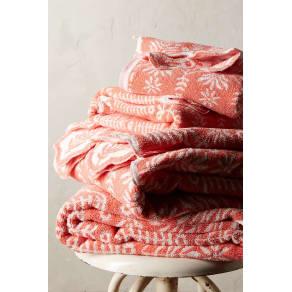 Hanna Towel Collection