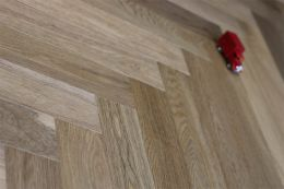 Prime Engineered Oak Herringbone Dark Smoked Brushed White Lacquered 15/4mm By 90mm By 600mm