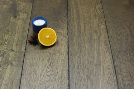 Natural Engineered Flooring Oak Reclaim Brown Brushed UV Oiled 14/3mm By 190mm By 1900mm