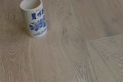 Natural Engineered Flooring Oak Brushed White UV Oiled 14/3mm By 190mm By 400-1500mm