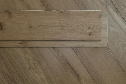 Rustic Engineered Flooring Oak UV Oiled 10/3mm By 125mm By 600-1900mm