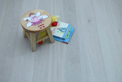 Select Engineered Flooring Oak Click Brushed White UV Oiled 14/3mm By 190mm By 1900mm