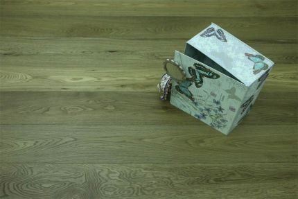 Select Engineered Flooring Oak Click Dark Smoked Brushed UV Oiled 14/3mm By 190mm By 1860mm