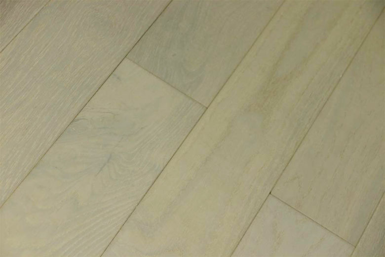 Rustic Engineered Flooring Oak Double White Brushed UV Lacquered 10/3mm By 150mm By 600-1900mm