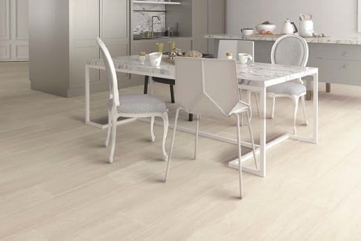 Chicago White Oak Laminate Flooring 8mm By 197mm By 1205mm