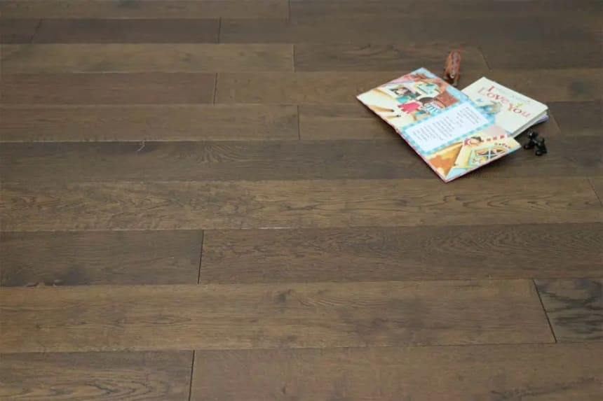 Natural Engineered Flooring Oak Coffee Brushed UV Oiled 14/3mm By 90mm By 400-1500mm