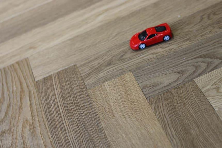 Natural Engineered Flooring Oak Herringbone Cognac UV Oiled No Bevel 11/3.6mm By 70mm By 490mm