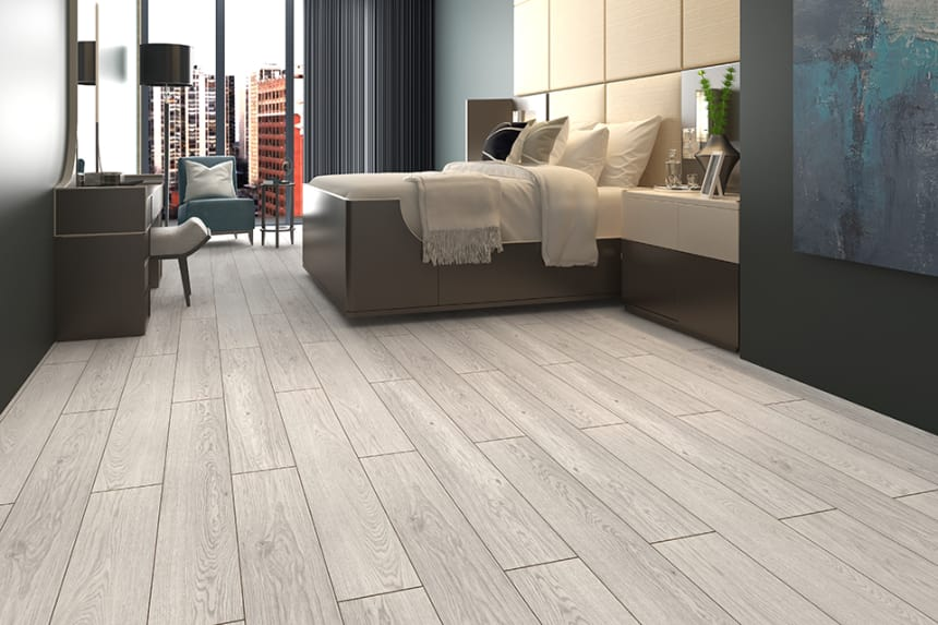 Siegfried White Grey Oak Laminate Flooring 8mm By 193mm By 1380mm