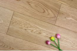 Prime Engineered Oak UV Lacquered 14/3mm By 190mm By 1900mm