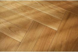 Select Engineered Oak Herringbone UV Lacquered 18/5mm By 90mm By 900mm
