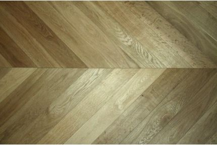 Select Engineered Oak Chevron Smoked Brushed UV Oiled 18/5mm By 90mm By 850mm