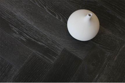 Natural Engineered Oak Herringbone Dark White Grey UV Oiled 15/4mm By 90mm By 630mm