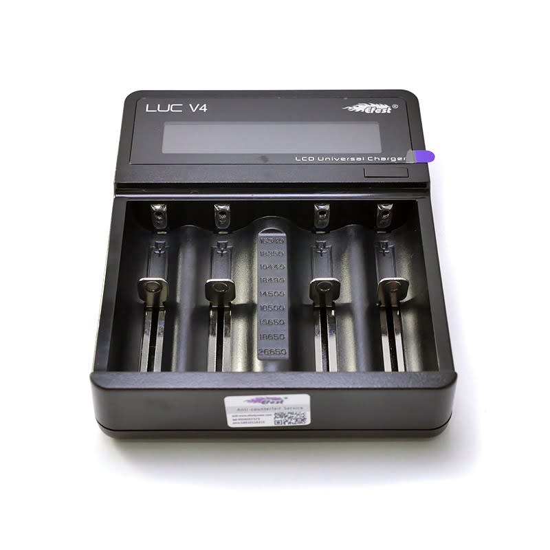 Efest LUC V4 - Four Bay Charger