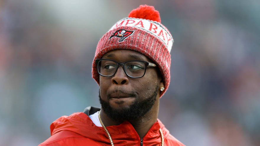 Patriots, Falcons, Saints interested in Gerald McCoy